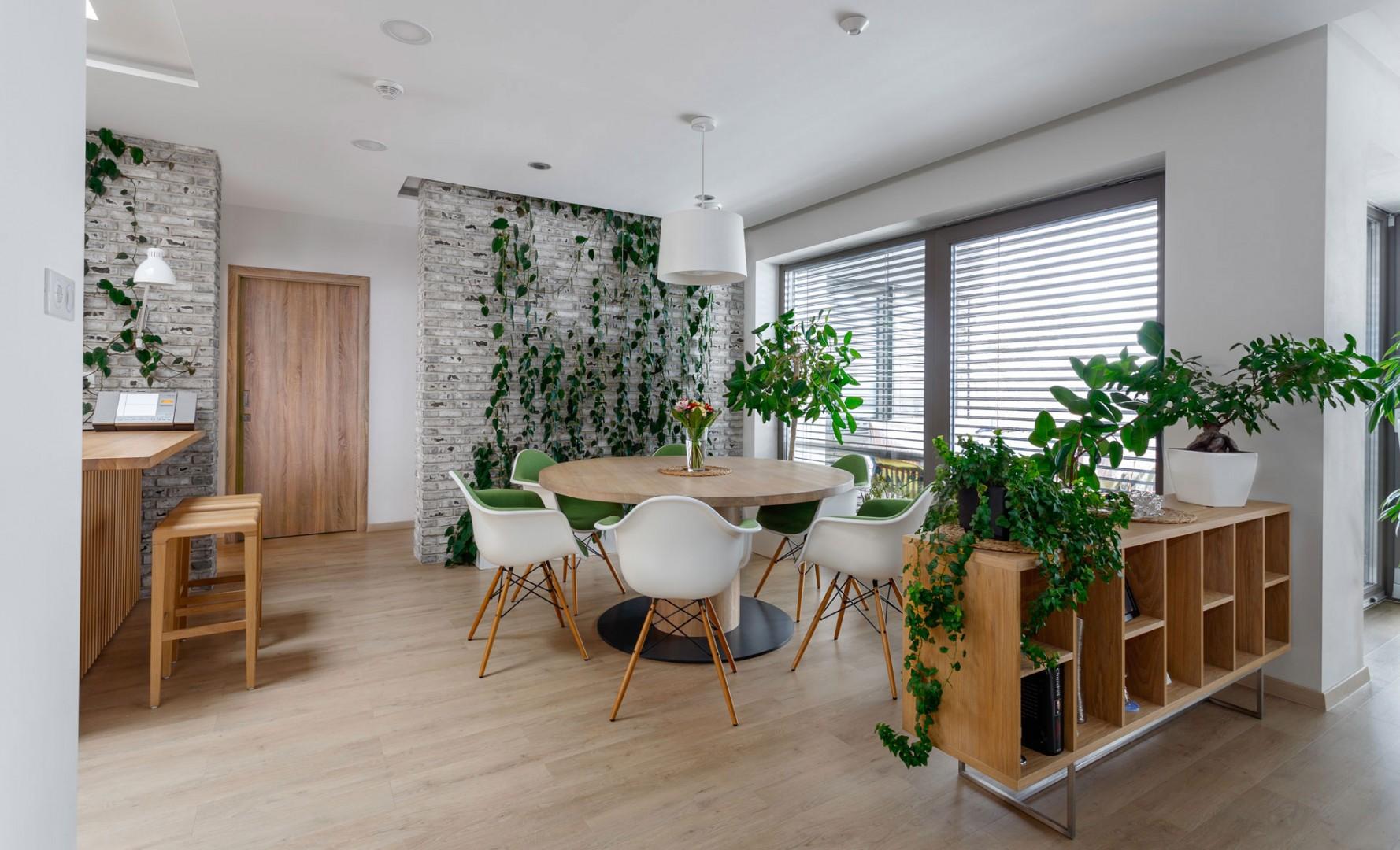 Dizajn a realizácia interiéru na mieru. Výroba kuchyne a jedálne na mieru.