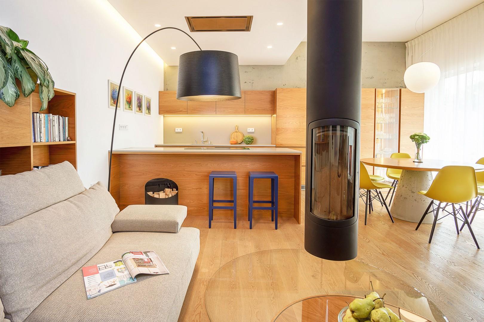 realizacia interieru rodinneho domu - vyroba kuchyne a nabytku na mieru
