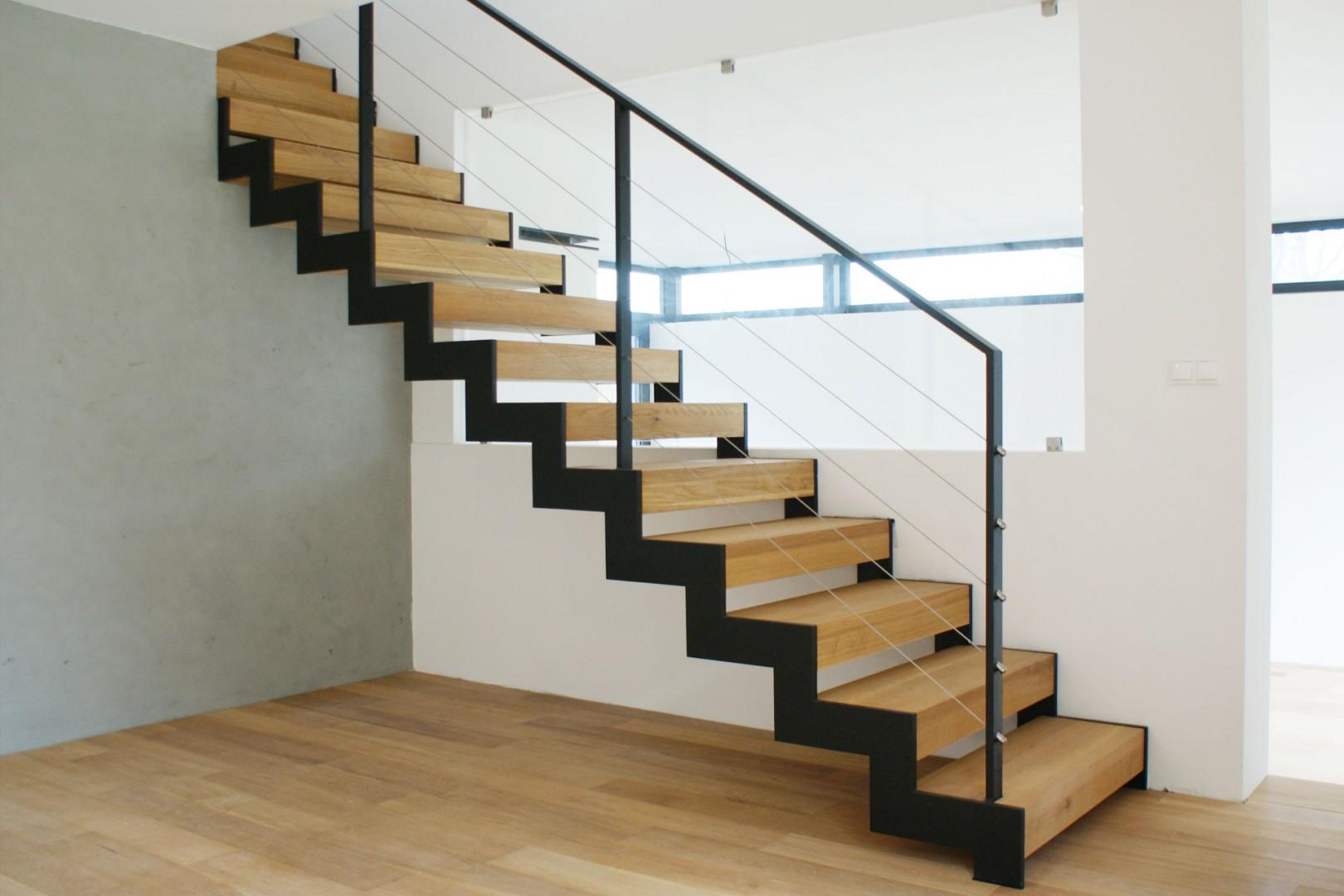dubové schody na mieru cubica